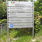 werbeagentur-focus-nuernberg-augustana-schildanlage-acryl_01