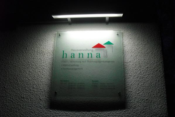 werbeagentur-focus-nuernberg-schild-acryl-hausverwaltung-hanna