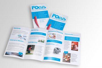 Neugestaltete Flyer der Werbeagentur Focus in Nürnberg zur Information.