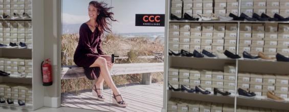 Türbeklebung | CCC Shoes & Bags