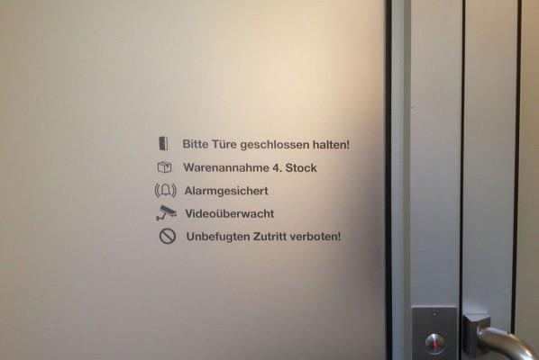 Sichtschutz Beklebung für up2date in Nürnberg von Werbeagentur Focus