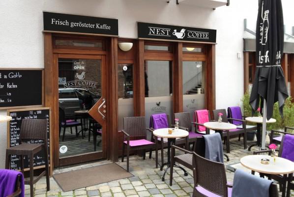 werbeagentur-focus-schaufensterbeschriftung-nest-coffee