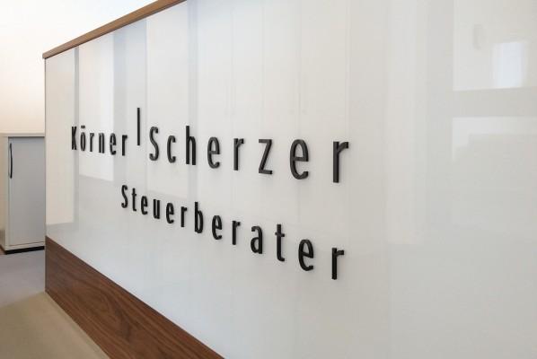 werbeagentur-focus-nuernberg-acrylbuchstaben-koerner-scherzer-2