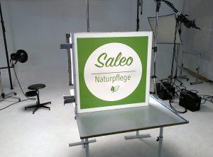 Fotografie eines Leuchtkastens der Firma Saleo