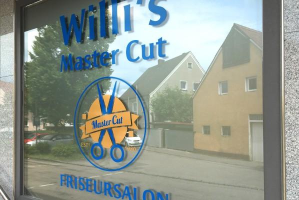 werbeagentur-focus-nuernberg-schaufensterbeklebung-willis-master-cut-02