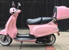 Motorroller-Beklebung | Ehe im Glück