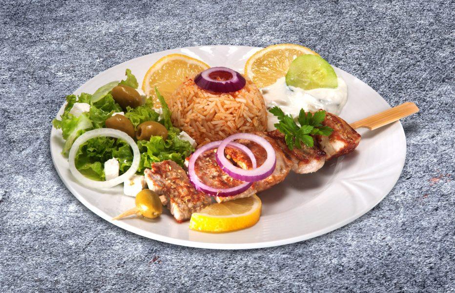 Food Fotografie eines griechischen Souvlakispießes
