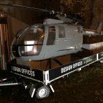 Beschriftung eines Transportanhängers für einen Helikopter in Nürnberg