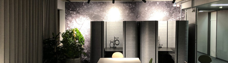 Interessante Ausblicke durch großflächige Bilder dank moderner Klebefolien.